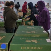 local food benefits local community