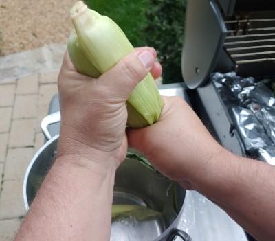 grilling corn - soak
